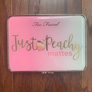 Too Faced Just Peachy Mattes Eyeshadow Pallet